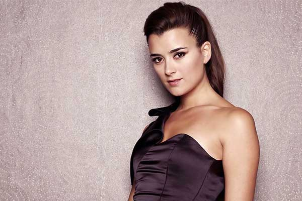 Image of Cote De Pablo Net Worth