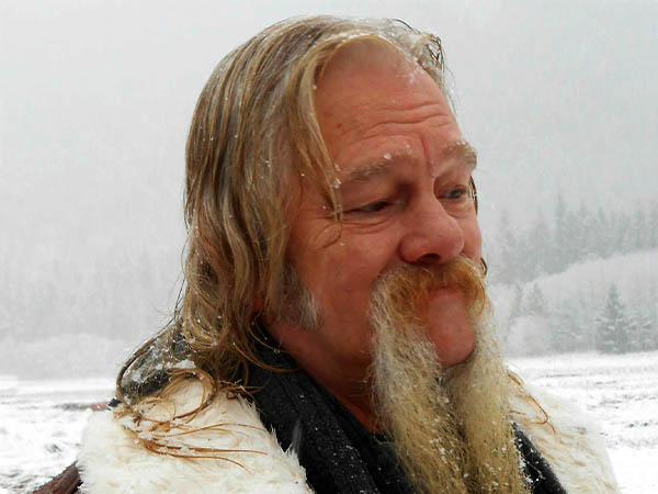 what is the net worth of the alaskan bush family