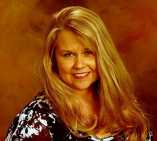 Image of Debbie Higgins died due to cancer