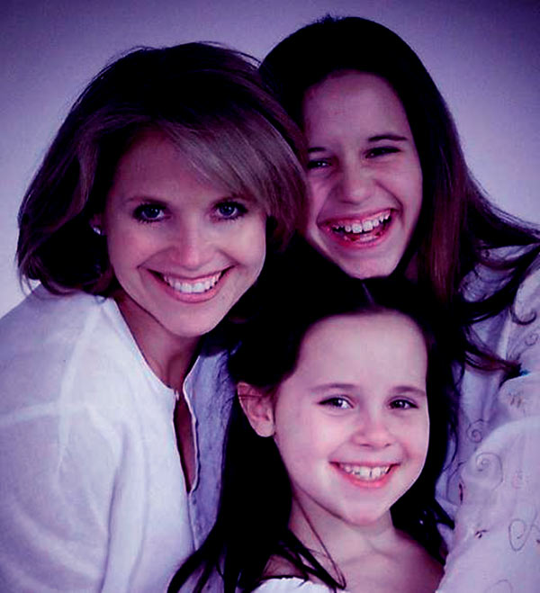 Image of Katie Couric with her daughter ( Elinor and Caroline )
