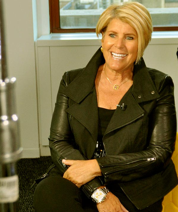 Image of Actor, Suze Orman height is 5 feet 4 inches