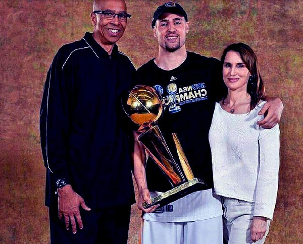 Image of Klay Thompson with his father (Mychal George Thompson) and mother (Julie Thompson)