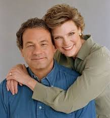 image of Cokie Roberts and her husabnd Steven V. Roberts.