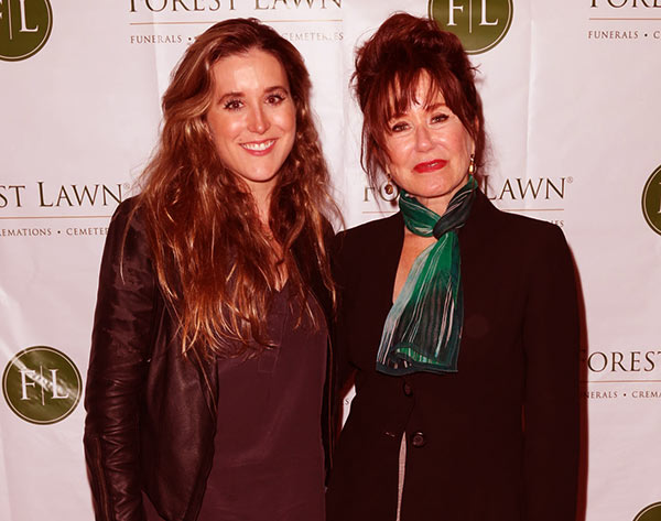 Image of Mary McDonnell with her daughter Olivia Mell.